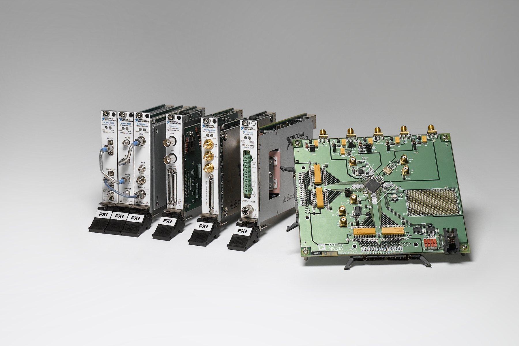 PXI_Semiconductor_Suite%5B1%5D Erstaunlich Große Lampen Für Hohe Räume Dekorationen